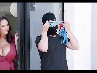 Ava Addams In Mom's Panty Bandit - nowpornplease.blogspot.com