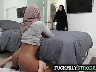 Pleasuring My Stepsister In Her Hijab - Milu Blaze - FULL SCENE on http://FuckmilyStrokes.com