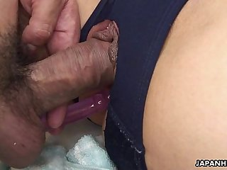 Captivating Japanese chick moans while being dicked hard